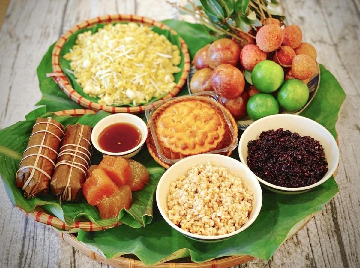Những món ăn không thể thiếu trong dịp Tết Đoan Ngọ